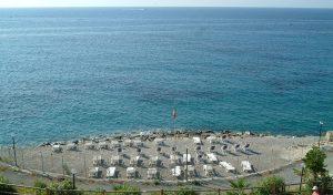 Villaggio dei Fiori mare e spiaggia