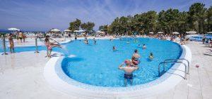 Zaton Holiday Resort piscine