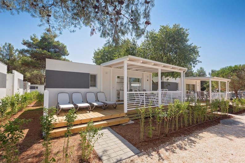 campeggio porto sole. Black Bedroom Furniture Sets. Home Design Ideas