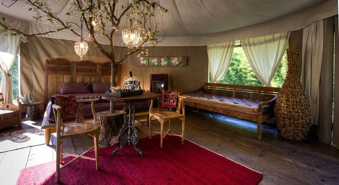interno luxury tent canonici san marco